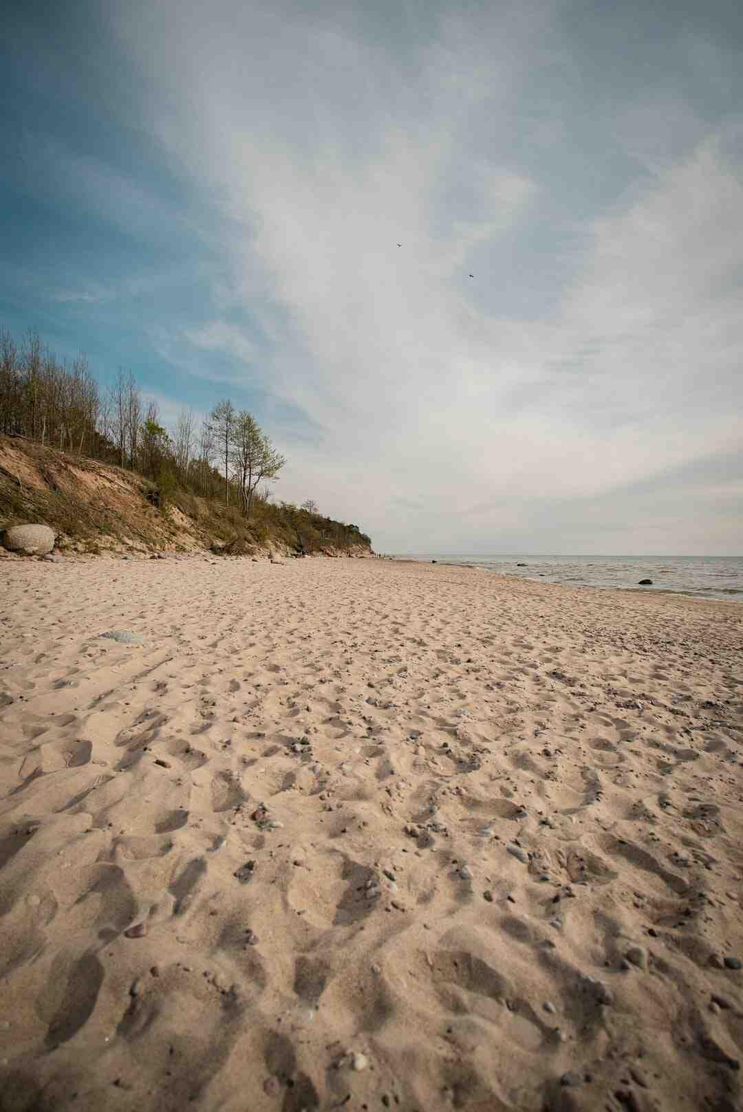 Comment nettoyer le sable de la plage